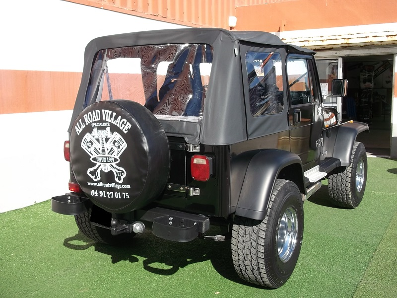 4x4 jeep wrangler yj 4 litres jeep vo652 garage all road village specialiste 4x4 a aubagne. Black Bedroom Furniture Sets. Home Design Ideas