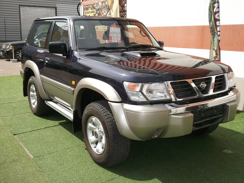 4x4 nissan patrol gr 3 0 litres court nissan vo648 garage all road village specialiste 4x4 a. Black Bedroom Furniture Sets. Home Design Ideas