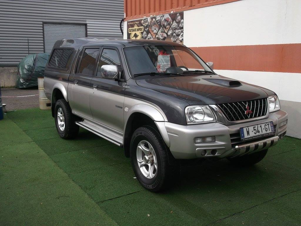 4x4 pick up mitsubishi l200 double cabine avec hard top