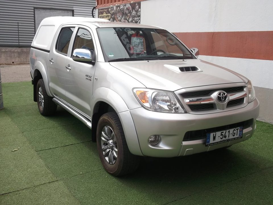 4x4 toyota hilux 3 0 d 4d double cabine avec hard top. Black Bedroom Furniture Sets. Home Design Ideas