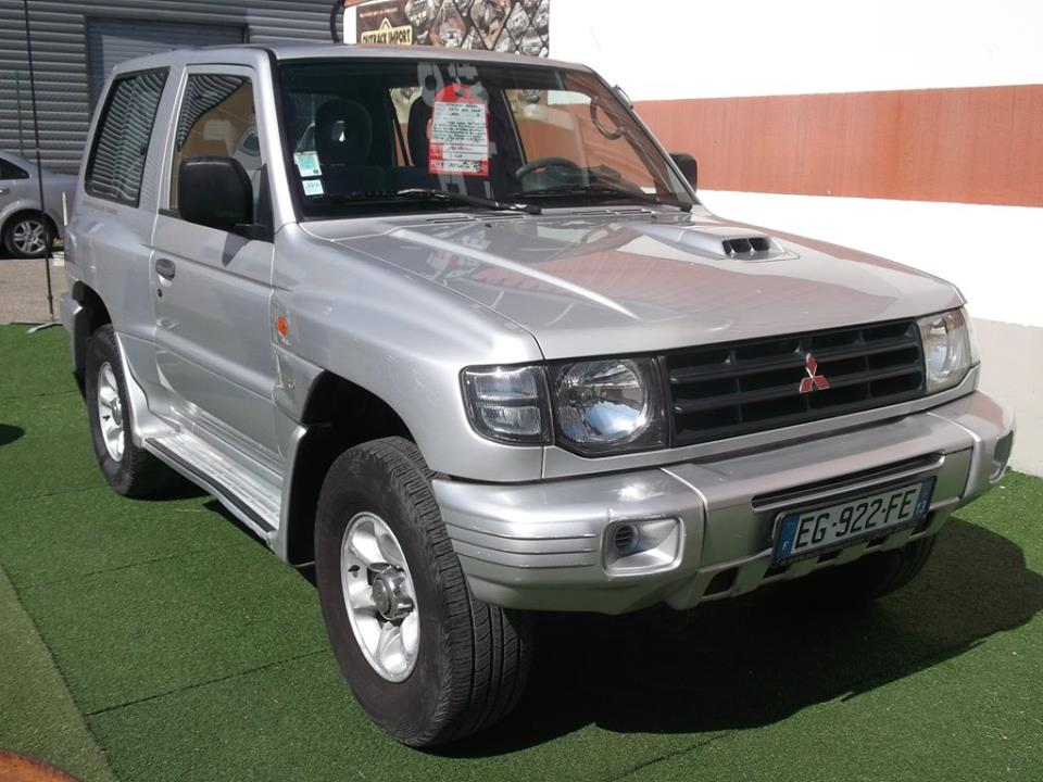 4x4 mitsubishi pajero ii 2 5l tdic mitsubishi vo691 garage all road village specialiste 4x4 a. Black Bedroom Furniture Sets. Home Design Ideas