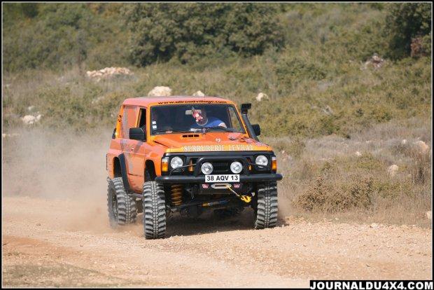 Le 4x4 nissan patrol big foot de maxime a aubagne nissan for Garage nissan le plus proche