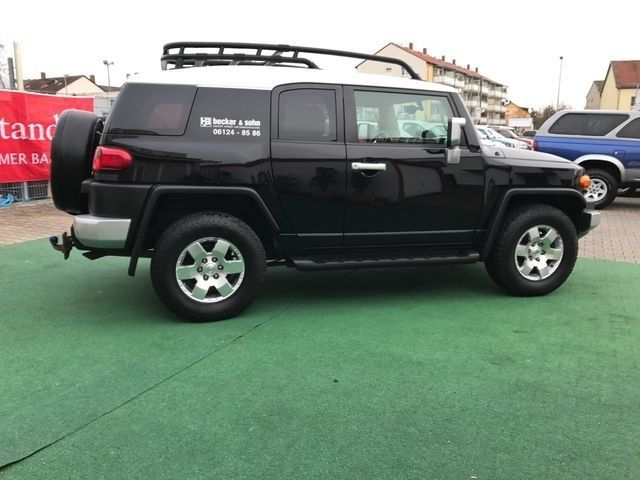 toyota fj cruiser 4 0l boite auto toyota 100320173 garage all road village specialiste 4x4 a. Black Bedroom Furniture Sets. Home Design Ideas