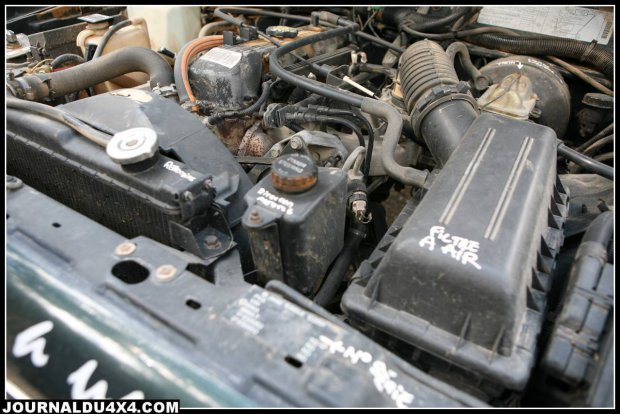 un 4x4 cherokee 2 5 essence sur le rallye 4x4 aicha des gazelles jeep 7589 garage all road. Black Bedroom Furniture Sets. Home Design Ideas